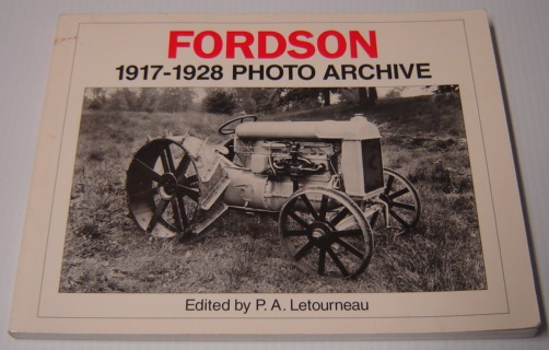Image for Fordson 1917-1928 Photo Archive (Iconografix Photo Archive Series)