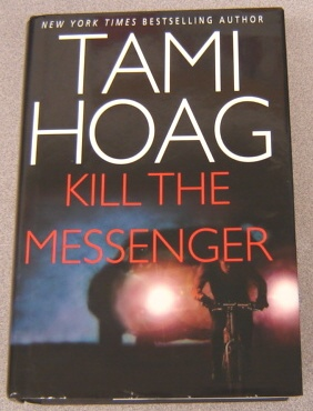 Image for Kill The Messenger, Large Print